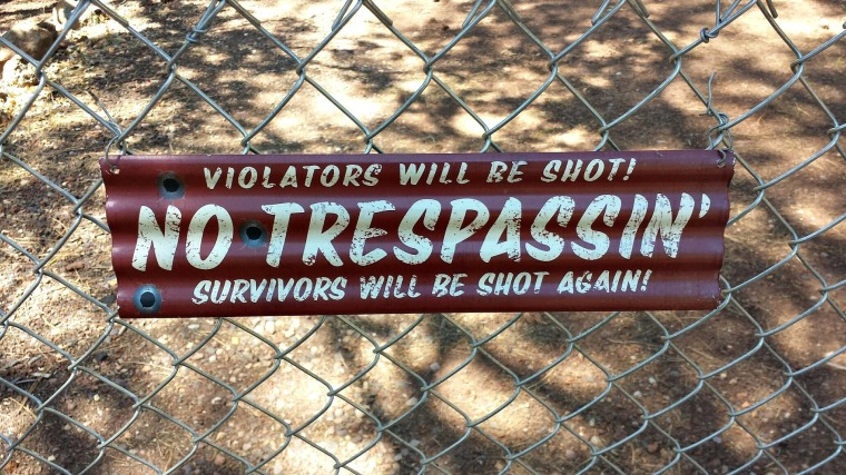no-trespassing-798849_1920